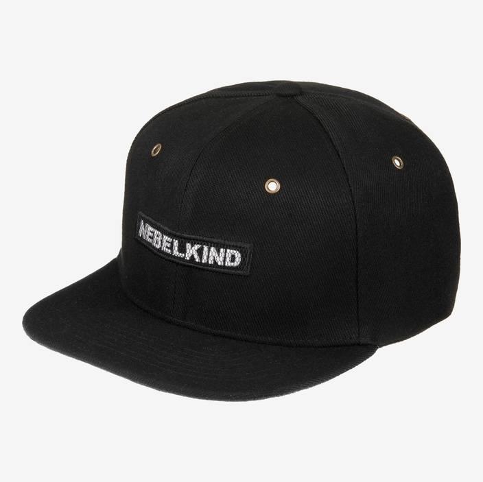 Nebelkind Back in Black Snapback in schwarz