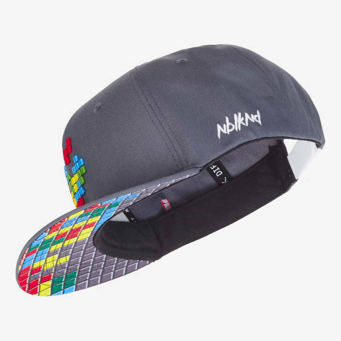Nebelkind Pixel Snapback in gray