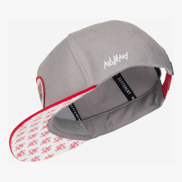 Nebelkind Kebab Snapback in gray/red