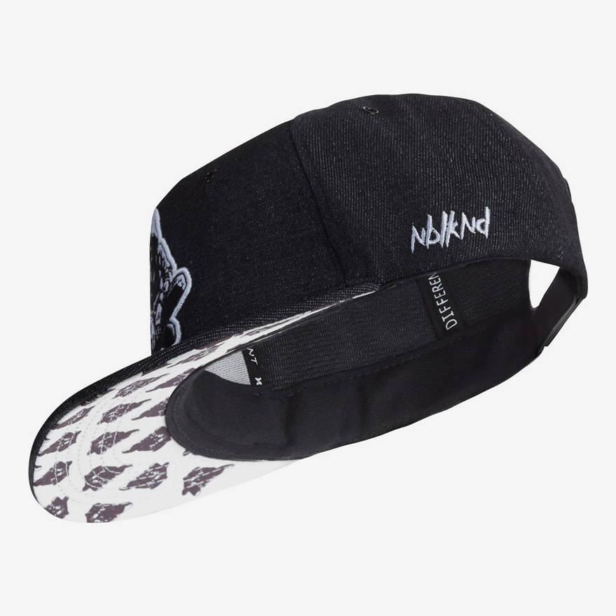 Nebelkind Black Denim Snapback in black