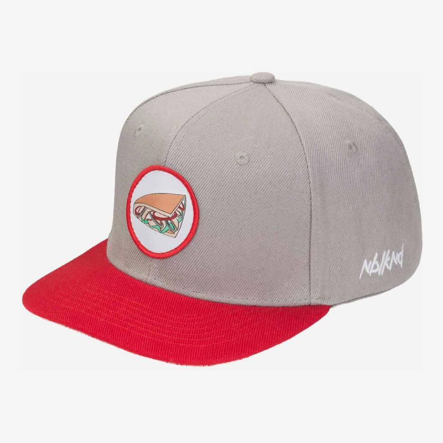 Nebelkind Kebab Snapback in gray/red