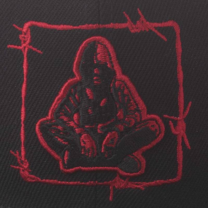 Nebelkind Barbed Wire 2 Snapback in black